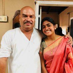 Nimisha-Sajayan-photos with family