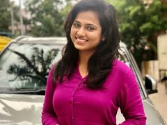 ramya-pandian in modern dress