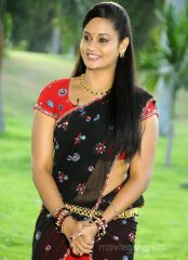 Suja Varunee biography