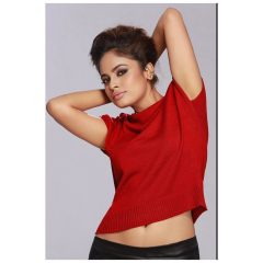 nandita swetha red t-shirt